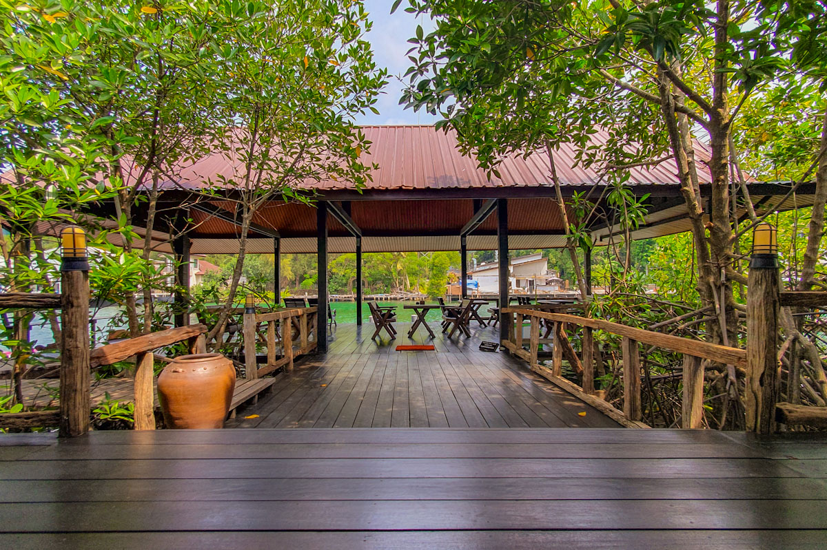 Riverside deck at Baan Rim Nam