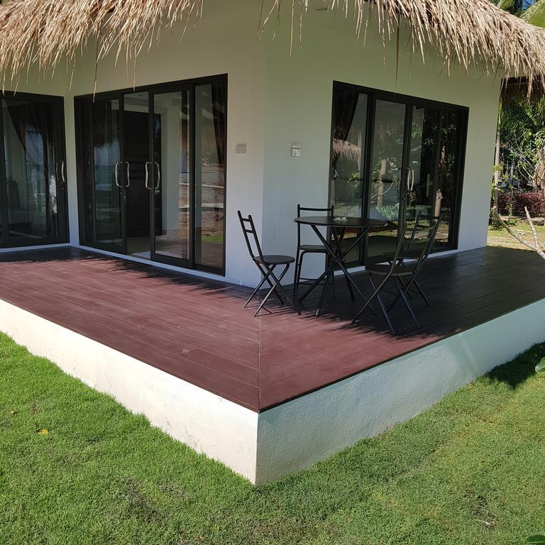 Bungalow exterior at Sunrise Beach Resort