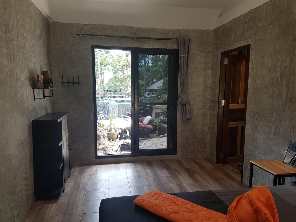 En-suite double room at BB Lonely Beach