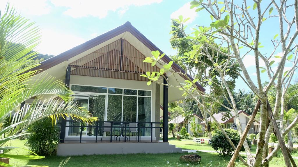 Bungalow at Evergreen Resort, Klong Son, Koh Chang