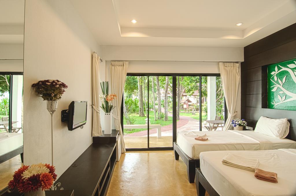 Bungalow interior, Koh Chang Grandview Resort