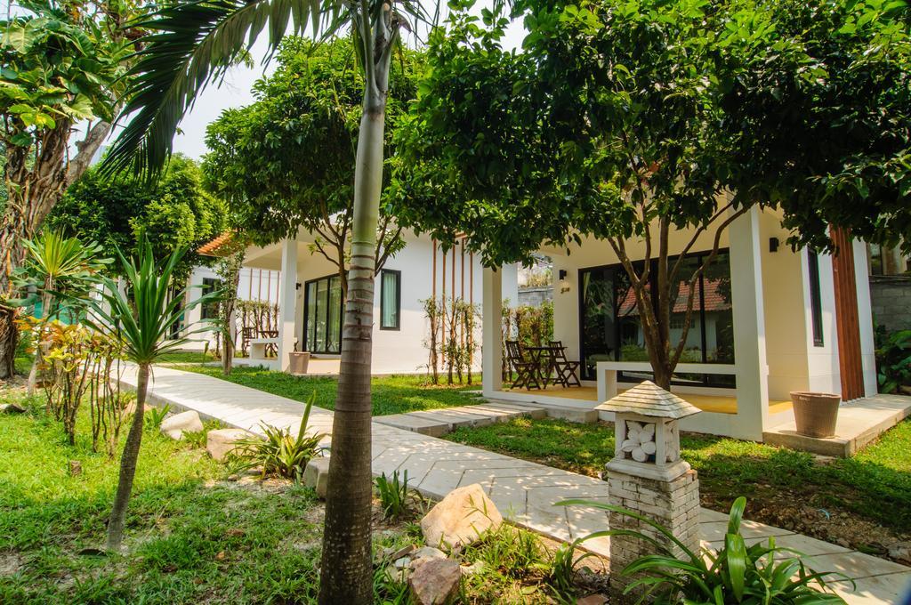 Superior bungalows at Grandview Resort, White Sand beach, Koh Chang