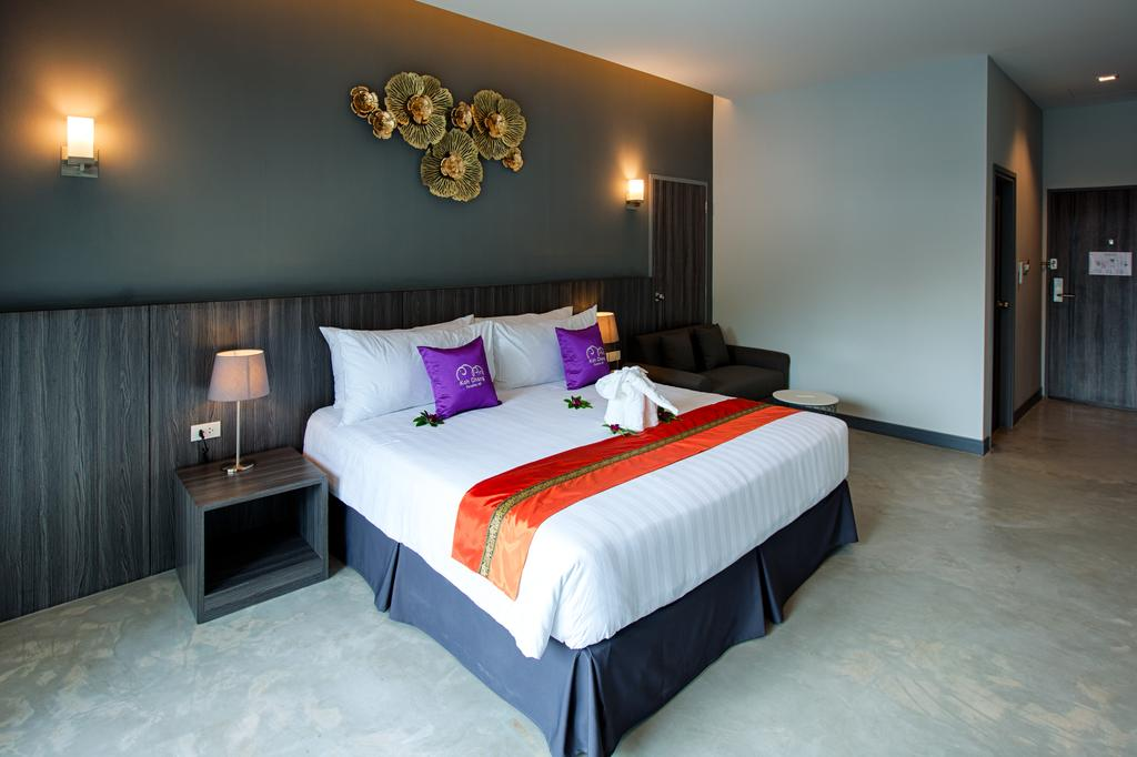 Deluxe Room at Paradise Hill Resort, Klong Prao beach